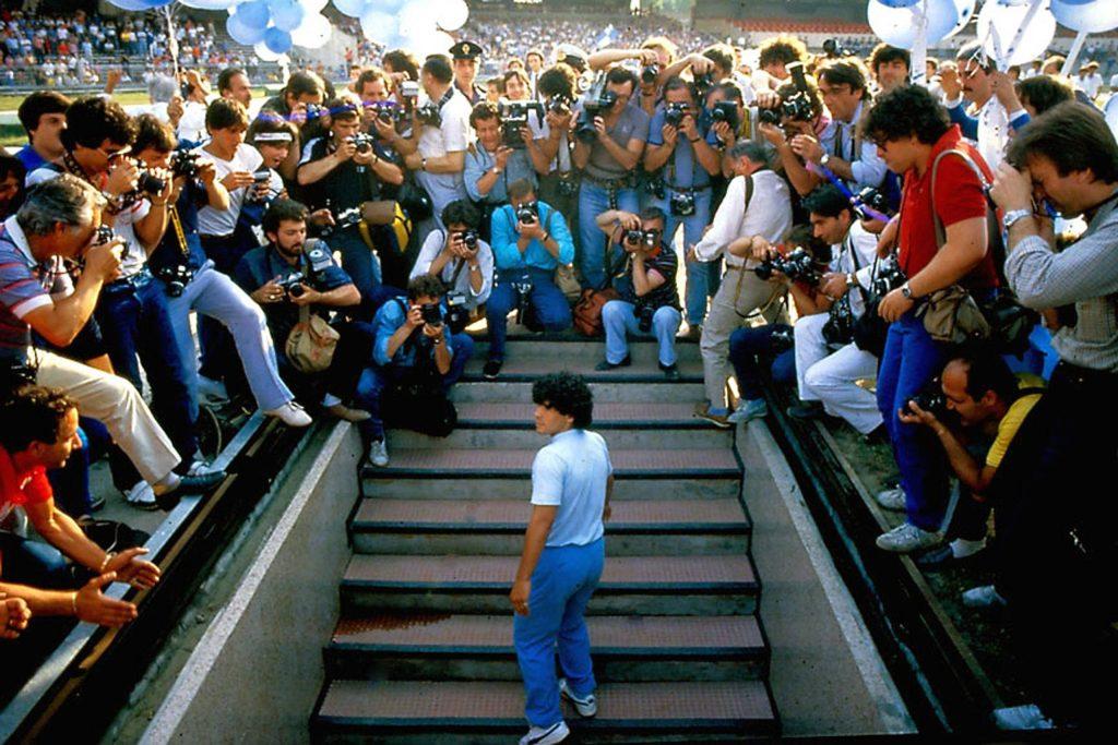 Diego Maradona : Maradona and Napoli Love Story